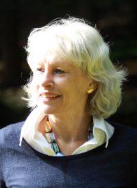 Dr. Angela Janouch